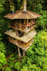 Finca Bellavista treehouse by James Lozeau